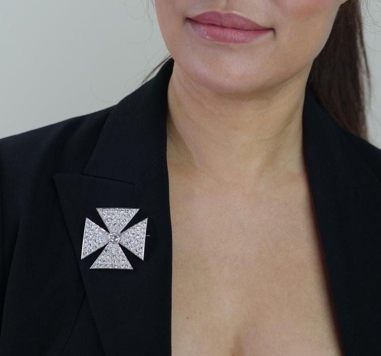 Antique Old European Cut Diamond Maltese Cross Brooch in Platinum For Sale 1