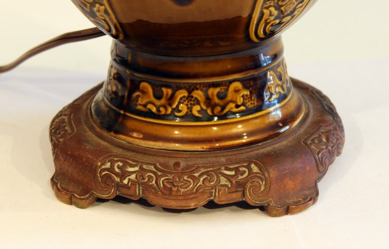 Antique Old Gien French Pottery Deck Style Oil Lamp 19th Century Electrified For Sale 2
