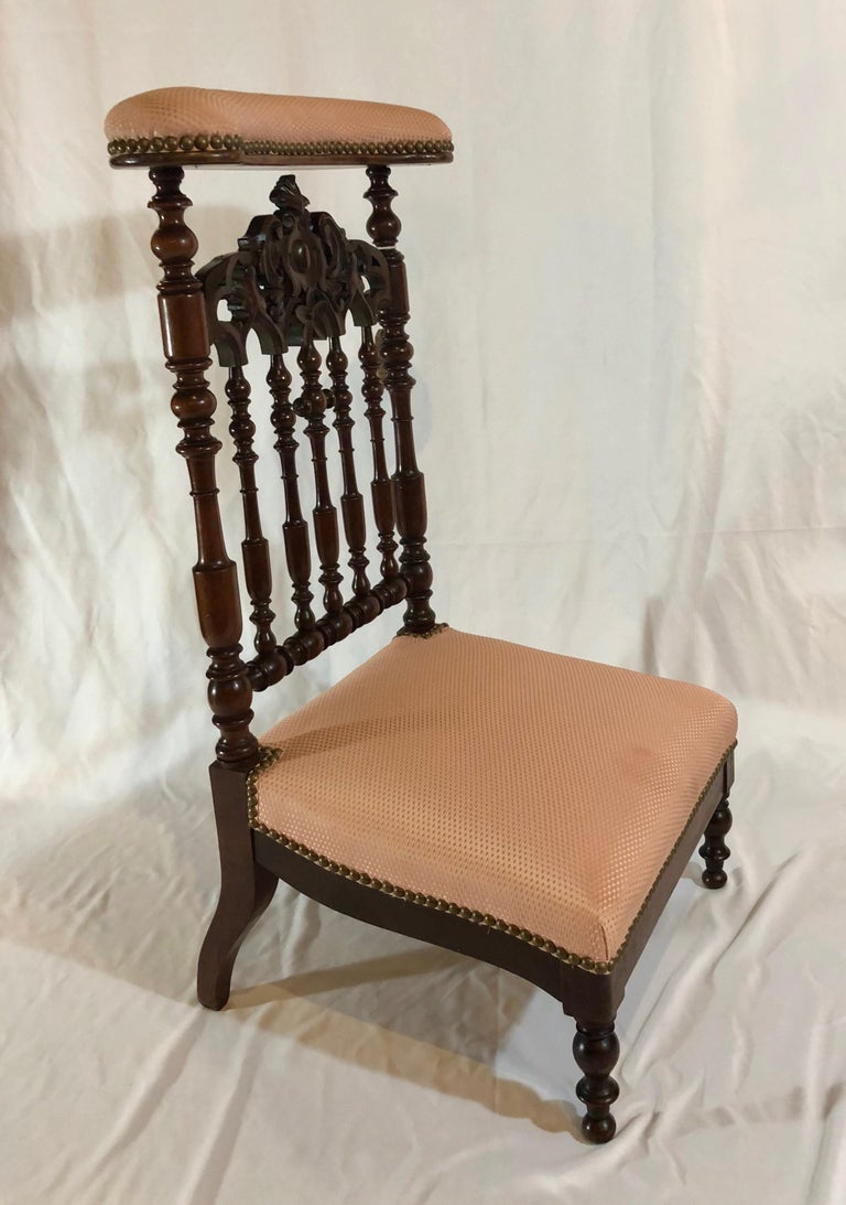 Antique Old Louisiana carved mahogany prayer chair, circa 1850-1860.