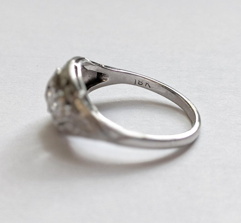 Women's Antique Old Mine-Cut Diamond Engagement Ring For Sale