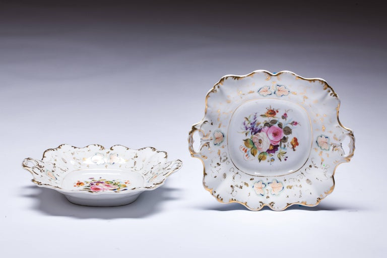 French Antique Old Paris Hand-Painted Dishes Set of Two For Sale