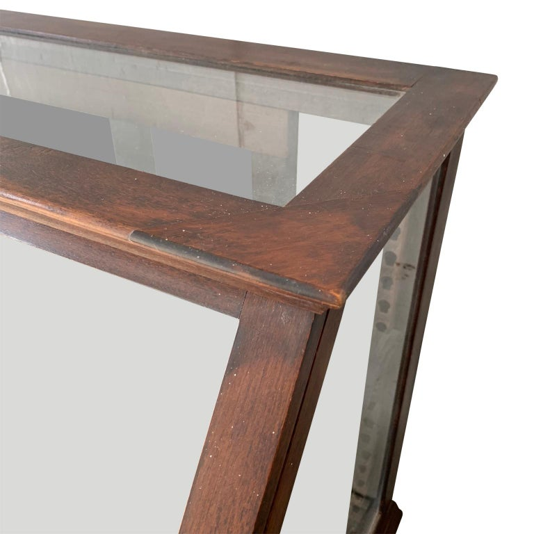 American Antique One-Tier Wooden Tabletop Store Display Cabinet By Waddell Company, Ohio For Sale