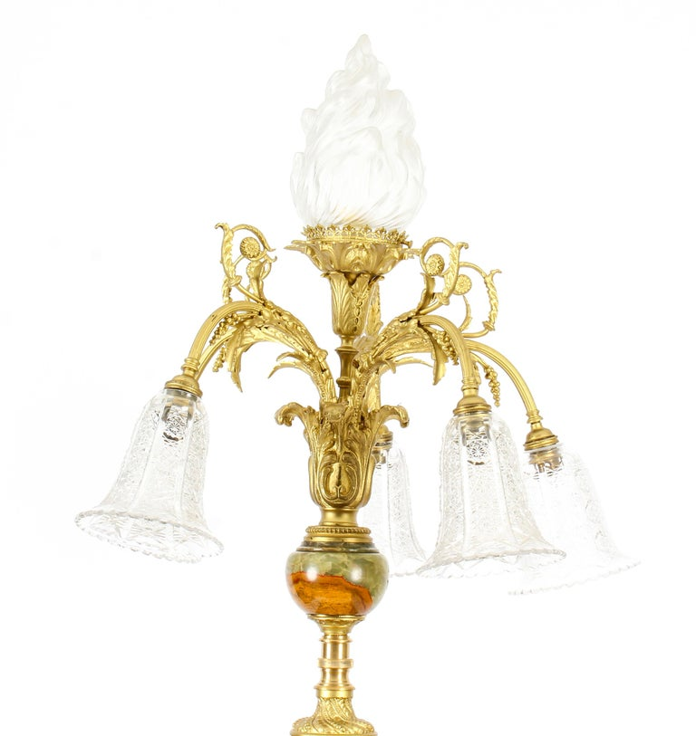 Early 1900s Antique Onyx and Ormolu Floor Standard Lamp Louis Revival, Early 20th Century For Sale