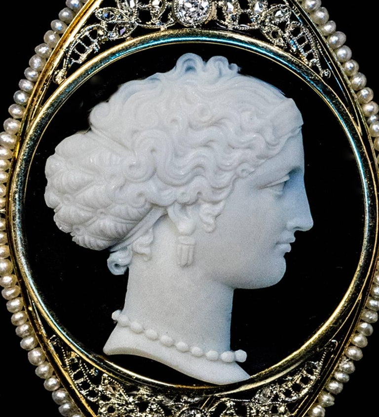 Antique Onyx Cameo Diamond Pearl Necklace In Excellent Condition For Sale In Chicago, IL