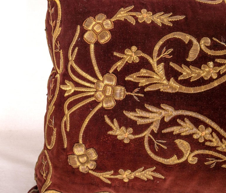 Antique Ottoman Turkish Sarma Technique Vevlet Pillow Cases In Good Condition For Sale In Istanbul, TR