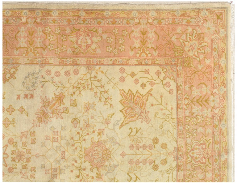 Antique Oushak Carpet, Handmade Oriental Rug, Ivory, Beige, Taupe, Cream Pink In Excellent Condition For Sale In New York, NY
