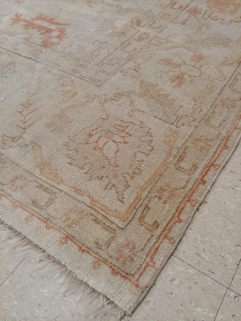Antique Oushak Carpet, Handmade Turkish Oriental Rug, Beige, Taupe, Coral, Soft For Sale 2