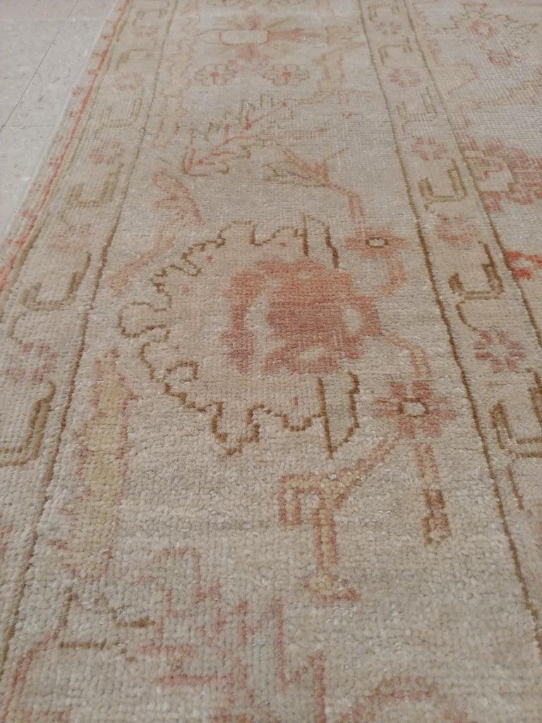 Antique Oushak Carpet, Handmade Turkish Oriental Rug, Beige, Taupe, Coral, Soft For Sale 3