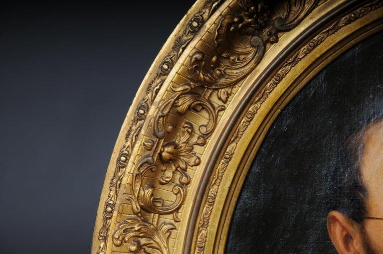 Antique Oval Biedermeier Gentlemen's Portrait / Painting, 19th Century For Sale 6