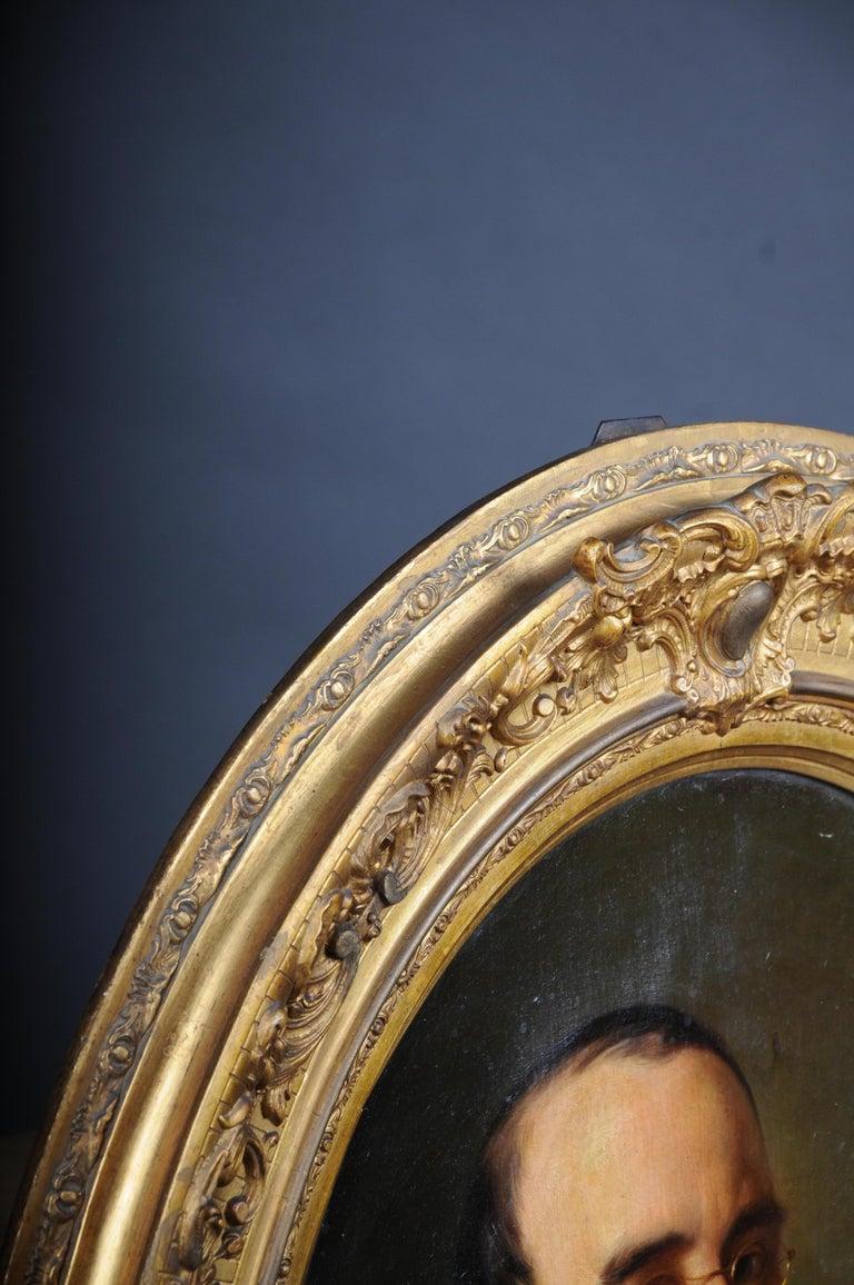 Antique Oval Biedermeier Gentlemen's Portrait / Painting, 19th Century For Sale 14