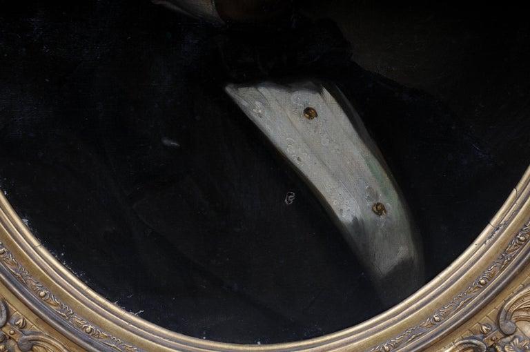 Antique Oval Biedermeier Gentlemen's Portrait / Painting, 19th Century For Sale 2