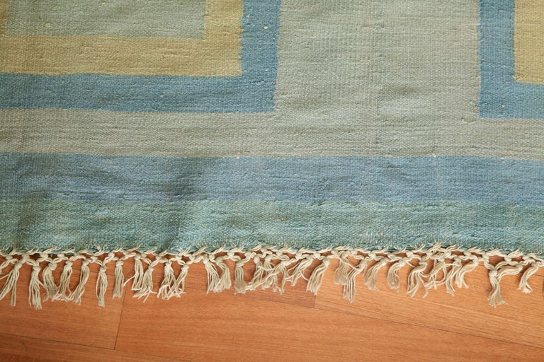 Antique Oversize Indian Cotton Pastel Dhurrie  In Excellent Condition For Sale In Milan, IT