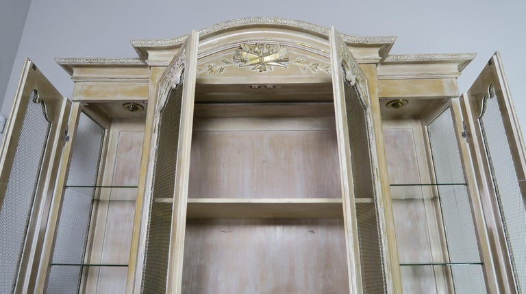 Mid-20th Century Antique Painted French Louis XV Style Cabinet, circa 1940s For Sale