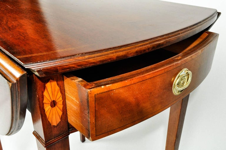 Late 19th Century Antique Pair of Cherry / Satinwood Banded Pembroke Side Tables For Sale