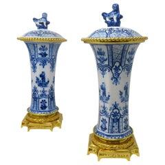 Antique Pair Chinese Porcelain Export Blue White Ormolu Gilt Bronze Urns Vases