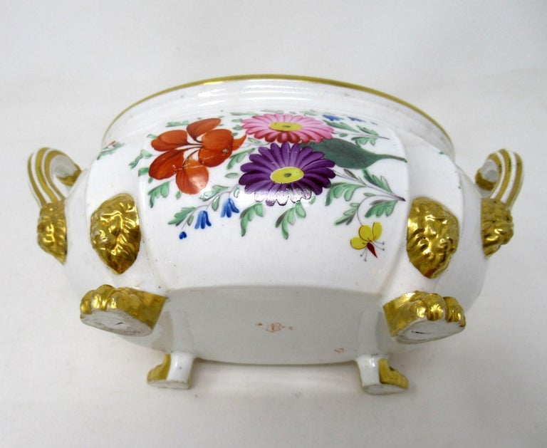 Antique Pair English Royal Crown Derby Hand Painted Tureens Centerpieces Bowls In Fair Condition For Sale In Dublin, Ireland