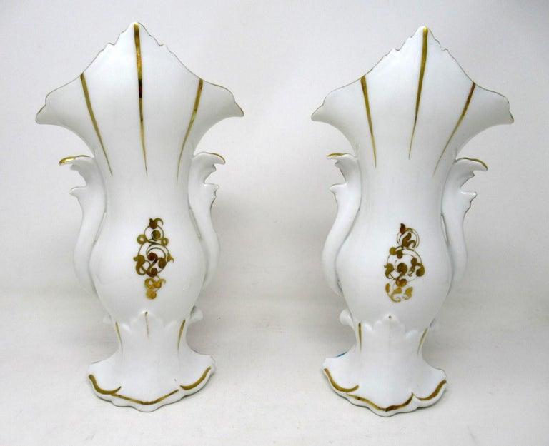 Antique French Vieux Paris Gilt Porcelain Vases Urns Flowers Sèvres Style, Pair 1