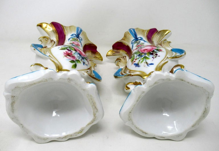 Antique French Vieux Paris Gilt Porcelain Vases Urns Flowers Sèvres Style, Pair 3