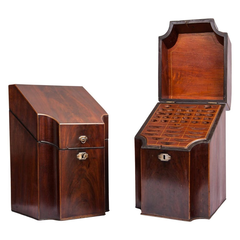 Antique Pair of George III Mahogany Knife Boxes, 1760-1820 For Sale