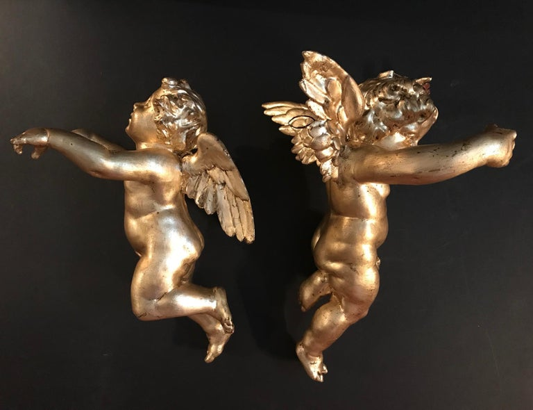 Antique Pair of Hanging Italian Hand Carved Wood Gilded Putti, Cherub, Angels For Sale 10