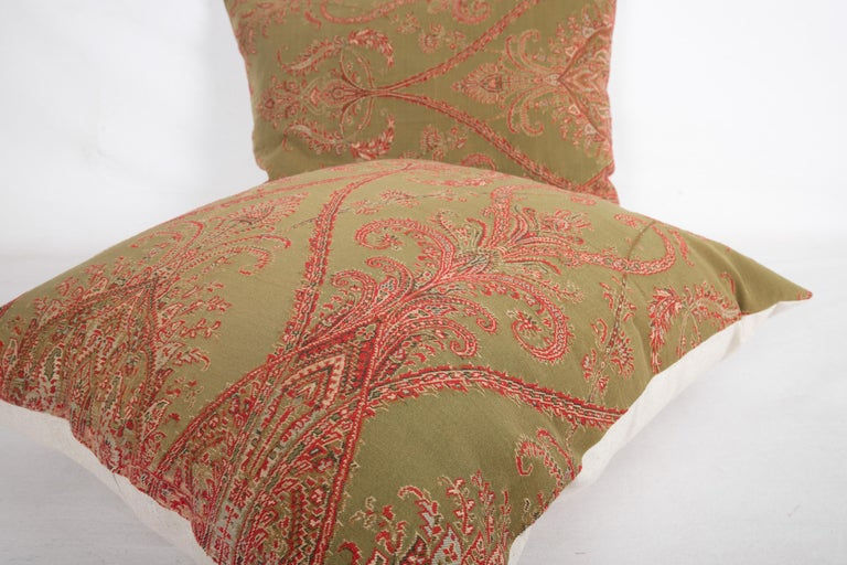 Antique Paisley Wool Pillow Cases, 19th Century In Good Condition For Sale In Istanbul, TR