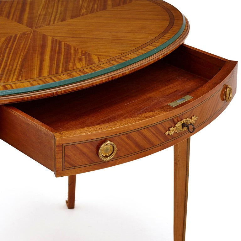 Marquetry Antique Parisian Neoclassical Style Side Table by Au Gros Chêne For Sale