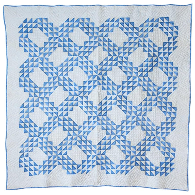 """Antique Patchwork """"Lancaster Ocean Waves"""" Quilt in Blue and White, USA, 1890s For Sale"""