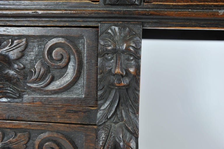 Antique Pedestal, Carved Oak Desk, Scotland, 1880 In Excellent Condition For Sale In Vancouver, BC