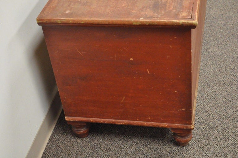 Antique Pennsylvania Dovetailed Red Painted Rustic Primitive Blanket Chest Trunk For Sale 1