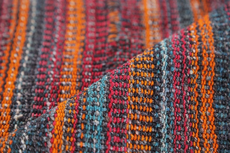 Antique Persian Area Rug Jajim Design In Excellent Condition For Sale In Dallas, TX