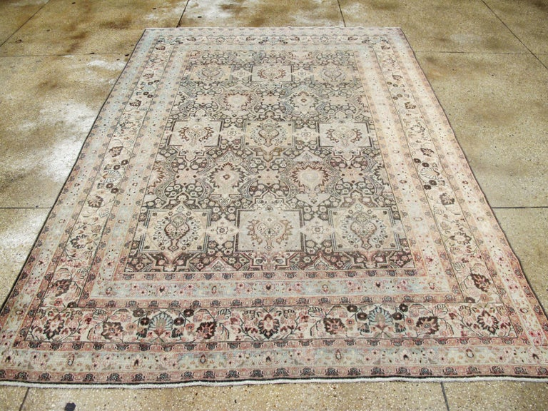 Antique Persian Dorokhsh Carpet In Good Condition For Sale In New York, NY