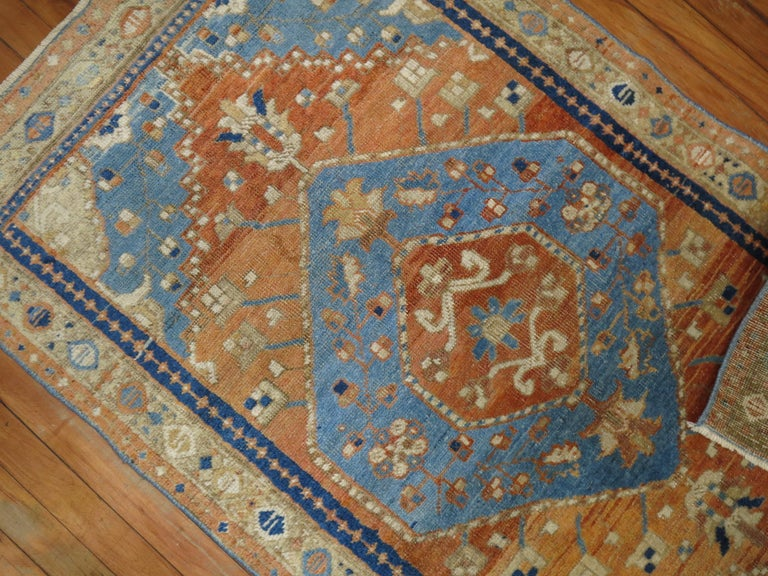 Antique Persian Heriz Scatter Rug In Good Condition For Sale In New York, NY
