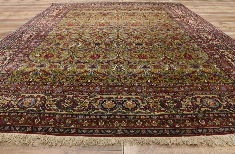 Antique Persian Isfahan Area Rug with Old World and French Baroque Style For Sale 1