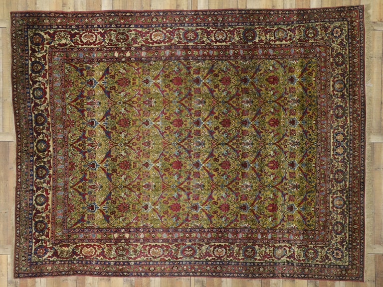Antique Persian Isfahan Area Rug with Old World and French Baroque Style For Sale 2