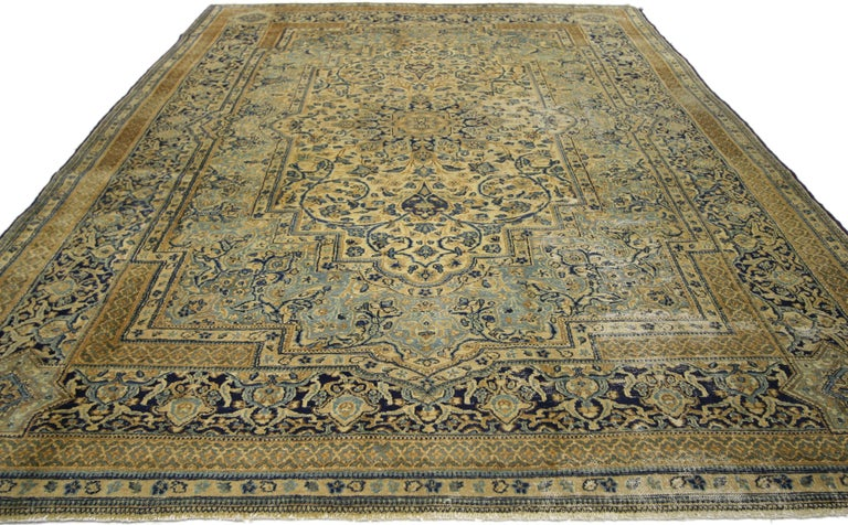 Antique Persian Kerman Area Rug with Hollywood Regency Style, Persian Kirman Rug In Good Condition For Sale In Dallas, TX