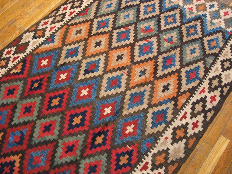 Antique Persian Kilim Rug In Good Condition For Sale In New York, NY