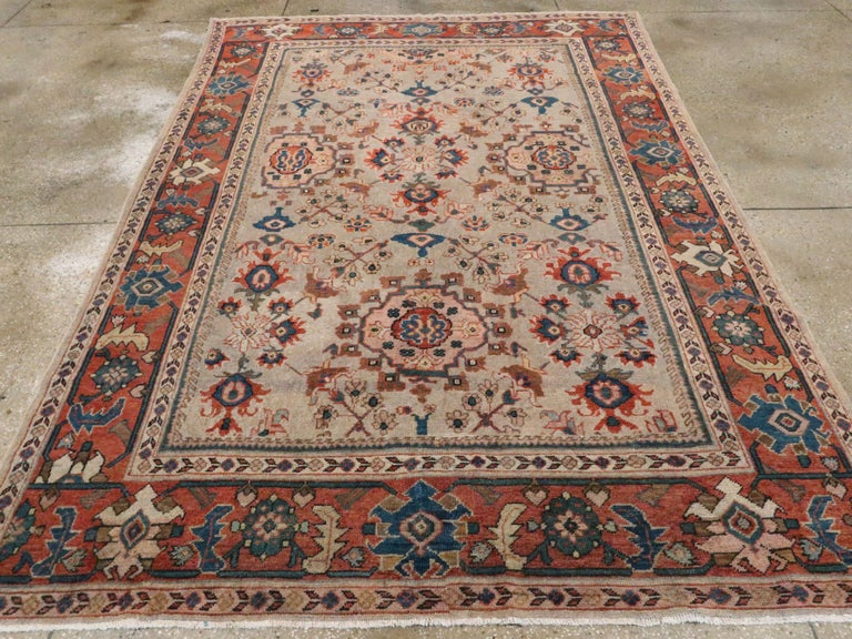 Antique Persian Mahal Carpet In Good Condition For Sale In New York, NY