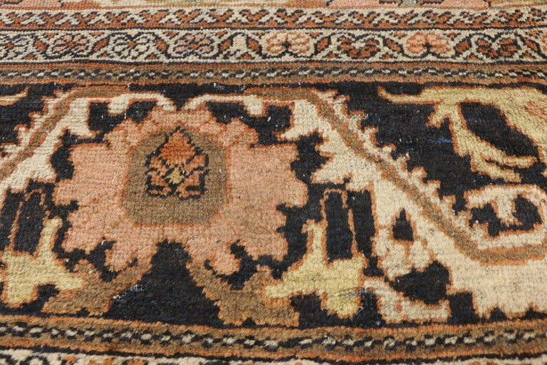 Hand-Knotted Antique Persian Mahal Rug with Traditional Style For Sale
