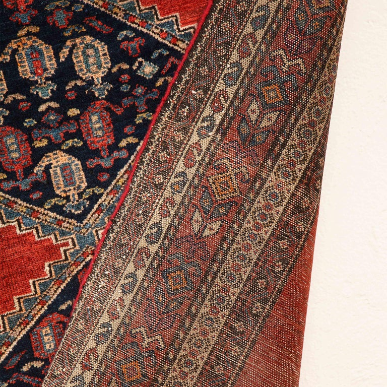 Antique Persian Malayer Carpet in Pure Wool and Vegetable Dyes, circa 1900 For Sale 2