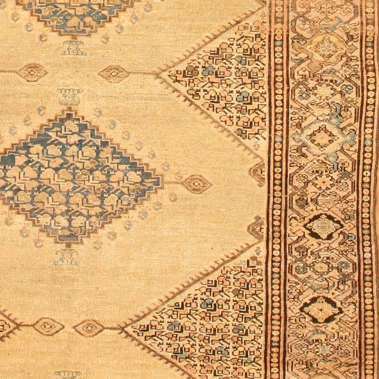 19th Century Antique Persian Malayer Gallery Carpet. Size: 5 ft 4 in x 11 ft 10 in For Sale