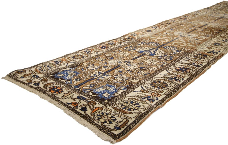 Antique Persian Malayer Runner, Hallway Runner In Good Condition For Sale In Dallas, TX