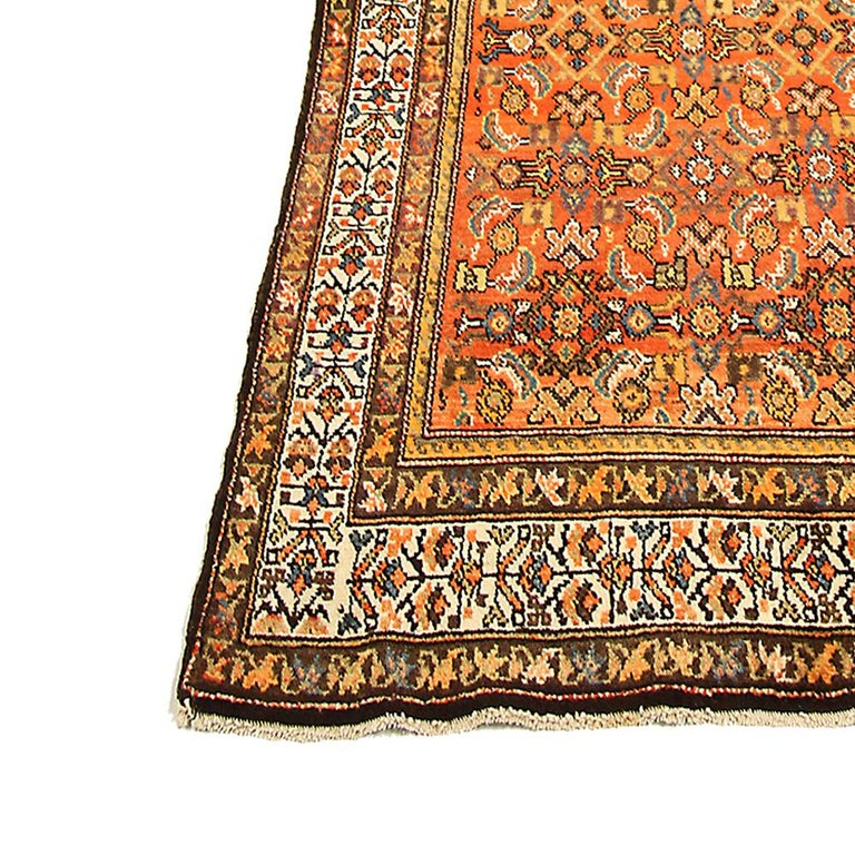 Antique Persian Malayer Runner Rug with Blue and White Flower Patterns In Excellent Condition For Sale In Dallas, TX