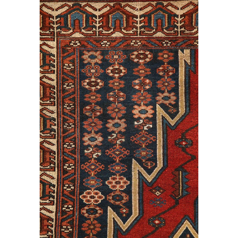 Early 20th Century Antique Persian Mazlaghan Carpet in Pure Wool and Vegetable Dyes, circa 1920 For Sale