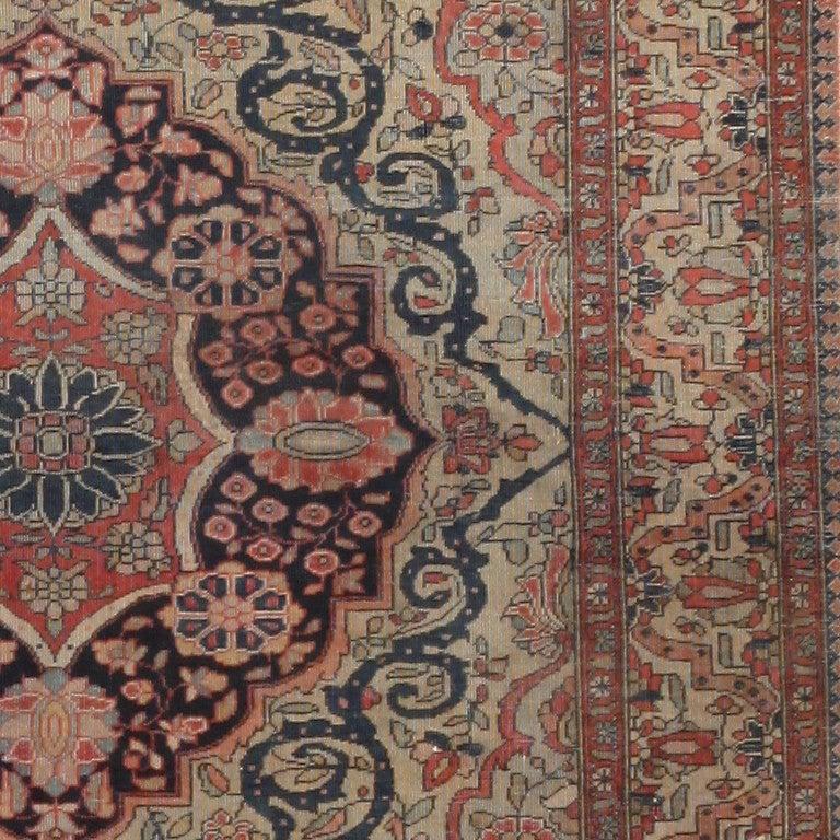 Antique Persian Mohtasham Kashan Rug. Size: 2 ft 10 in x 3 ft 10 in In Good Condition For Sale In New York, NY