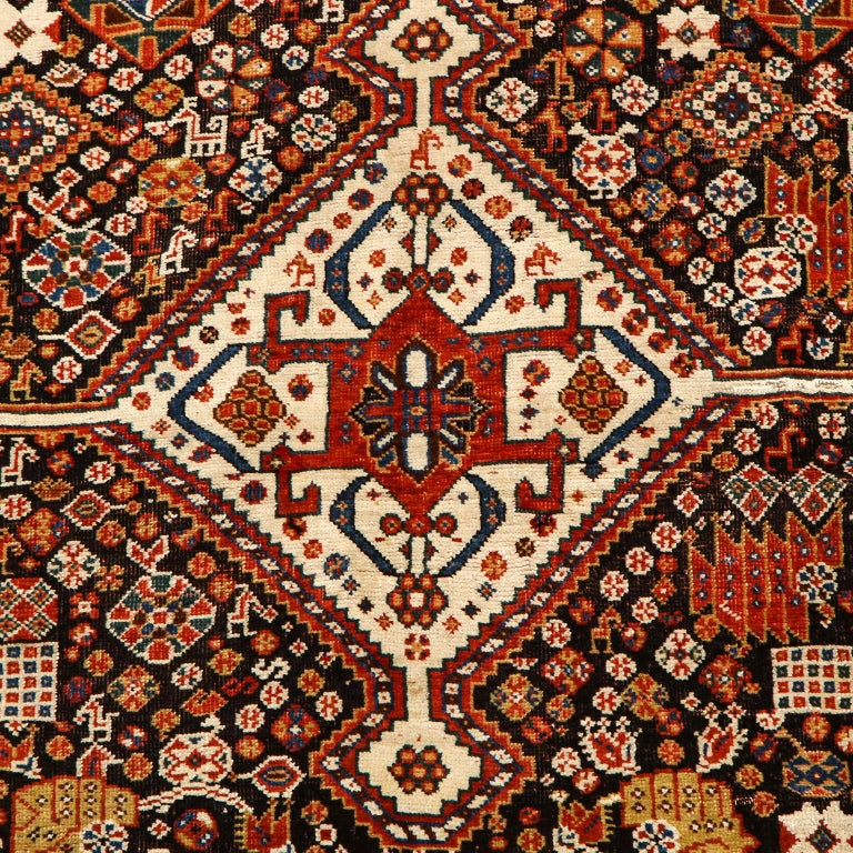 Vegetable Dyed Antique Persian Qashqai Kashkooli Carpet in Pure Wool and Vegetal Dyes For Sale