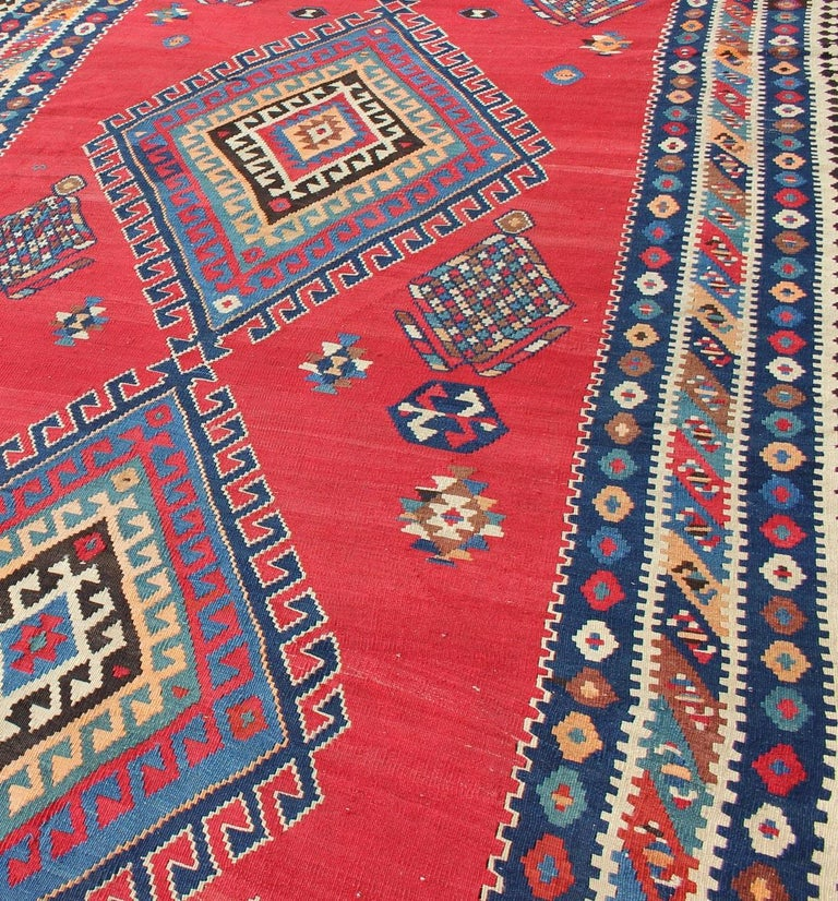 Early 20th Century Antique Persian Qashqai Kilim Gallery Rug with Geometric Diamond Design For Sale