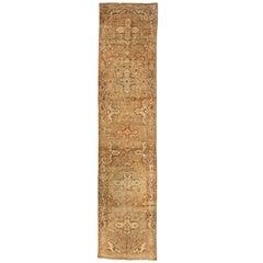 Antique Persian Rug Hamadan Design with Bold Geometric Patterns, circa 1930s