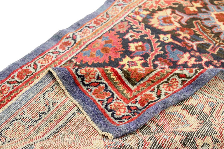 Antique Persian Runner Rug Sultanabad Design In Excellent Condition For Sale In Dallas, TX
