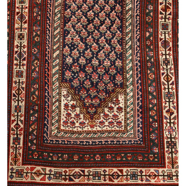 Vegetable Dyed Antique Persian Senneh Carpet in Handspun Wool and Vegetable Dyes 5' x 8' For Sale