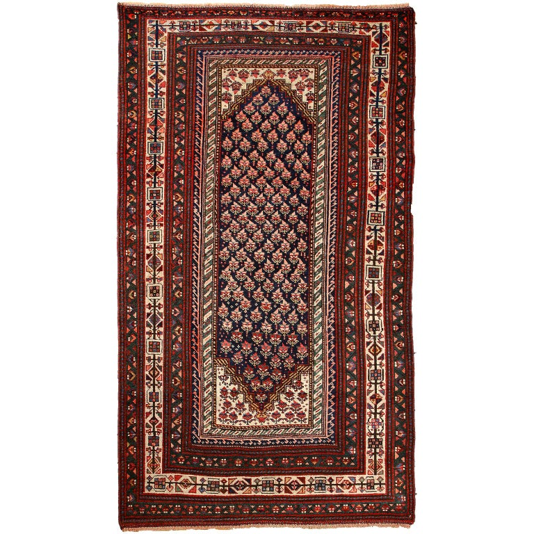 Antique Persian Senneh Carpet in Handspun Wool and Vegetable Dyes 5' x 8' For Sale